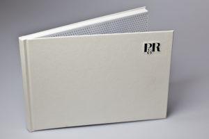 3-D Buchdecke mit erhabenem Logo